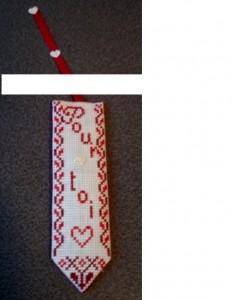 Marque page brodé en point de croix sur toile aïda dans Broderie dsc04486-233x300